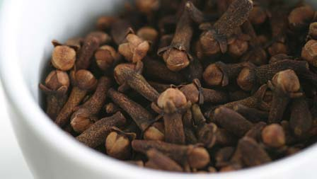 Cloves help sooth Tooth Abscess
